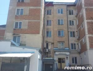 Apartament cu 3 camere - imagine 1