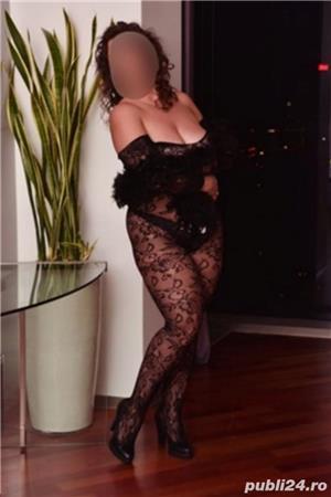 doamna seducatoare si dulce - imagine 4