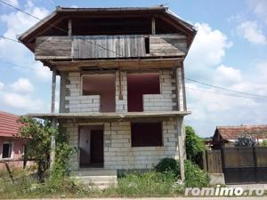 Casa si teren in Tagadau, Arad - imagine 2