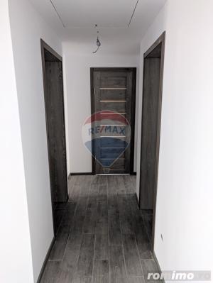 Casă / Vilă de vanzare cu 5 camere in Haieu. - imagine 6