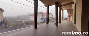 Casă / Vilă de vanzare cu 5 camere in Haieu. - imagine 8