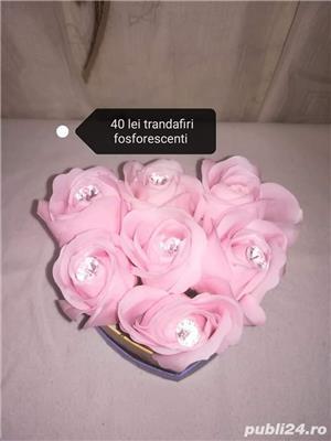 Aranjamente trandafiri din săpun disponibile  - imagine 5