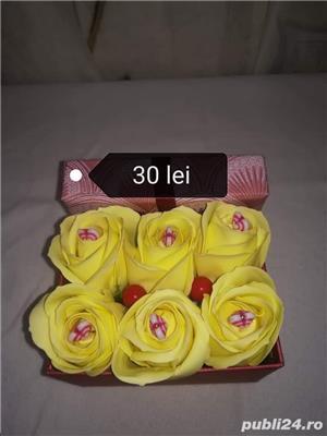Aranjamente trandafiri din săpun disponibile  - imagine 3