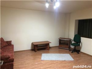 Închiriez apartament cu o camerā str. Lunei zonā centralā - imagine 2