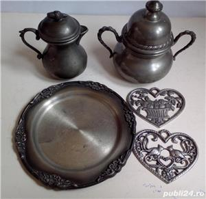 5 piese decorative din zinc decorat, vechi, de colectie - imagine 3