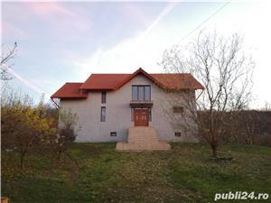 Casa mare cu living+6 camere pe str. Prunilor, Oncea - imagine 2
