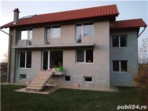 Casa mare cu living+6 camere pe str. Prunilor, Oncea - imagine 1