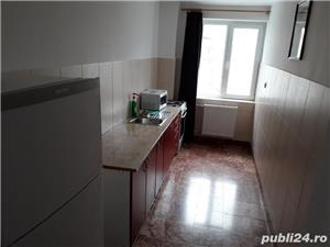 Apartament cu 3 camere (Regim hotelier) - imagine 10