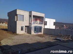 Casă de vanzare Oradea, Zona Dealuri - imagine 2