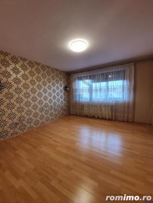 Casa spatioasa, primitoare si confortabila, Dumbravita - imagine 16