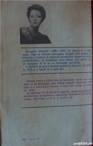 """Romanul secolului XX-""""Pe aripile vantului'-Margaret Mitchell - imagine 3"""