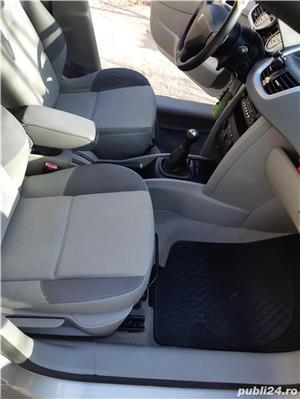Peugeot 207 - imagine 8