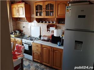 Apartament la parter - imagine 3