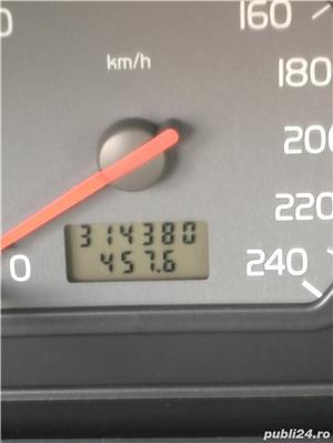 Volvo V40 - imagine 2
