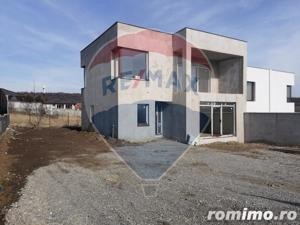 Casă de vanzare Oradea, Zona Dealuri - imagine 1