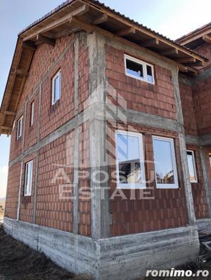 Duplex la roșu in Dumbrăvita - imagine 2