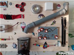 Placa senzoriala busyboard Montessori - imagine 1
