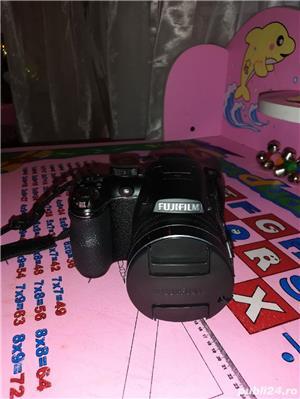 Fujifilm S4200 + accesorii - imagine 3