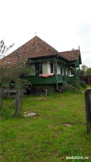 casa si teren de vanzare - imagine 2