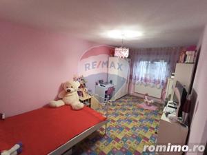 Apartament 3 camere de vanzare Decebal - imagine 9