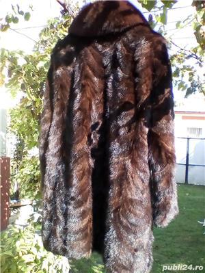haina din blana - imagine 2