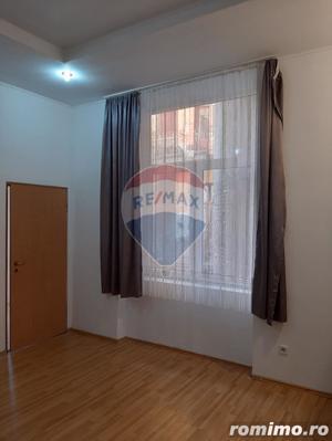Apartament la casa,2 camere ,zona Garii - imagine 1