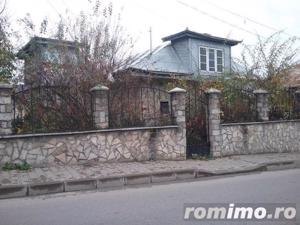 Casa si teren 333 mp Str. Castroian, Husi jud. Vaslui ID 7018 - imagine 2