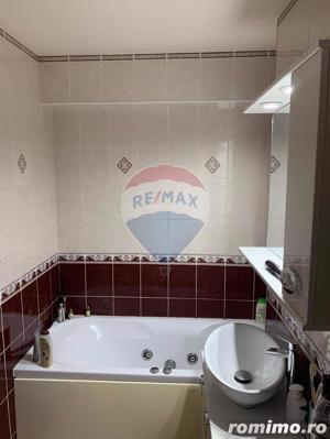 Apartament de vânzare cu 4 camere în zona Nufarul - imagine 12