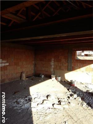 Casa la rosu sau teren Micalaca  - imagine 6