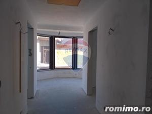 Casă / Vilă de vanzare cu 3 camere, com. Sanmartin - imagine 17