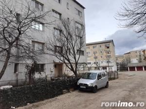 Apartament 2 camere, str. Garoafei, Marasesti, Vrancea - imagine 4