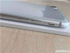 OCAZIE-iPhone 8, 64GB, 4G, Silver - FullBox + Cadou - imagine 3