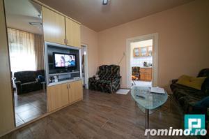 Apartament la casa cu 2 camere la PODGORIA - imagine 6