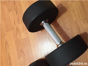 Vand gantere rotunde fitness culturism - imagine 3