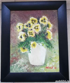 Tablou Natura statica Vas cu Panseluțe pictura ulei pe panza 31x36cm  - imagine 1