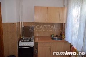 Vanzare apartament cu 2 camere semidecomandat, zona Horea - imagine 4