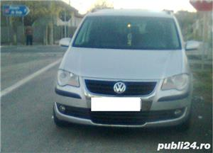 DE VÂNZARE Autoturim Touran. STARE EXCELENTĂ DE FUNCŢIONARE. CATEGORIA: AUTOTURISM M1 - imagine 1