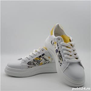 Adisas dama sneakers - imagine 1