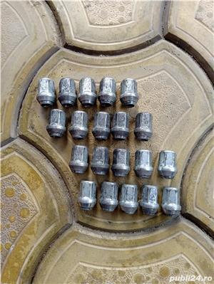 Jante oțel 17 + piulițe + capace - imagine 1