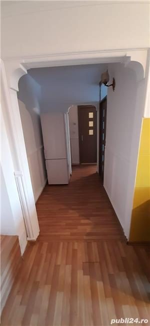 Inchiriez apartament 3 camere Rm Valcea - imagine 6