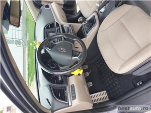 Hyundai Elantra  - imagine 5