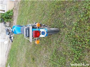 Honda 250 - imagine 2