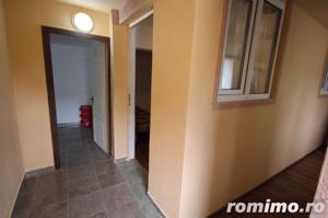 Apartament 3 camere la curte - imagine 2