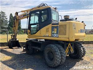 Închiriez Buldoexcavator Excavator Autobasculanta 8x4  - imagine 2