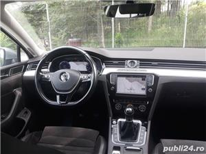 Volkswagen Passat Passat B8 R line, 2016, Full LED, Panoramic View, Alcantara !. - imagine 7