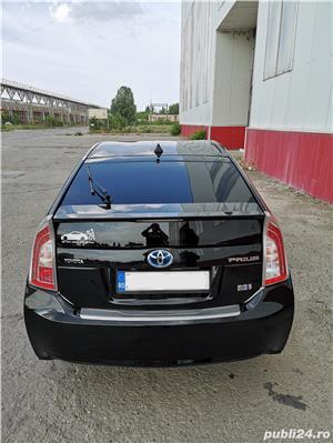 Toyota prius  - imagine 8