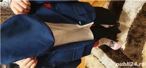 Costum baietel, 6-12 luni, impecabil, realizat dintr-un material subtire - imagine 3