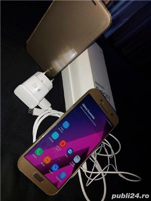 Vând Samsung Galaxy A5 gold liber de rețea  - imagine 1