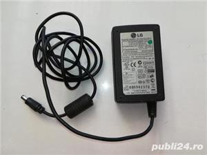 Adaptor universal laptop lada frigorifica pompa aer tren electric - imagine 3