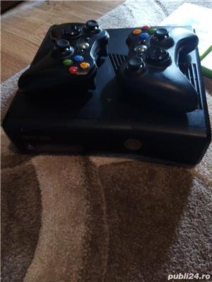 Vând Xbox 360 în stare foarte bună  - imagine 2